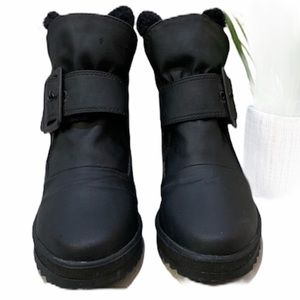 Naturalizer Wedge Velcro boots
